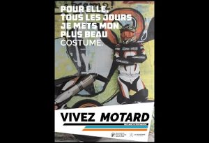 Carte postale Vivez motard Costume