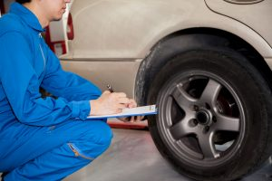 Les pneus, l'un de spoints du contrôle technique